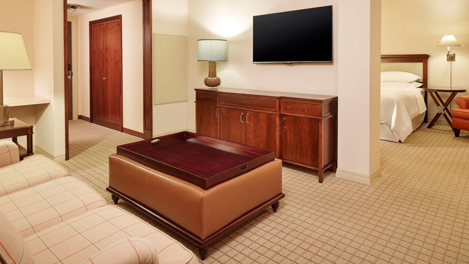 Junior Suite with a King Bed at Sheraton Stonebriar Hotel